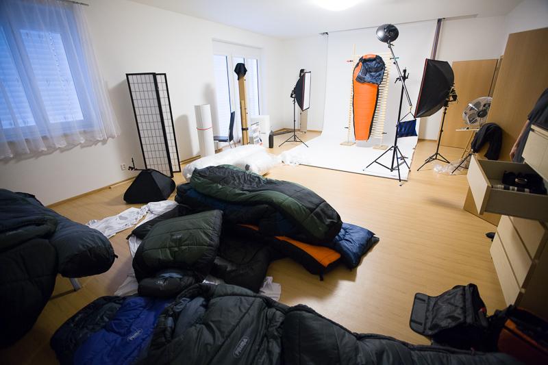 Backstage beim Schlafsackfotografieren.