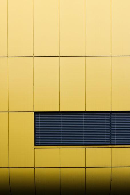 Auch moderne Bauten bieten interessante Details zum Fotografieren an.