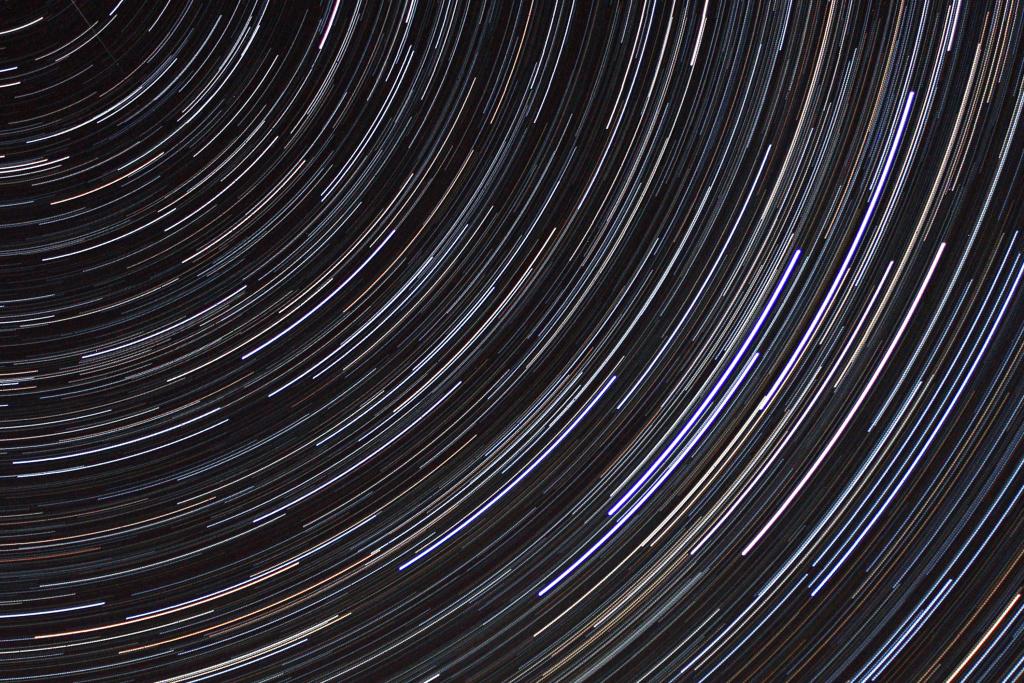 5 Tipps, wie man Startrails fotografiert: Kassiopeia.