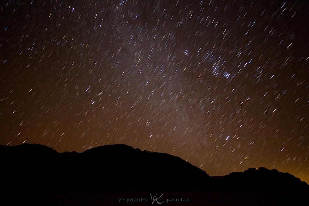 Landschaften unter unterschiedlichen Bedingungen fotografieren - sternen