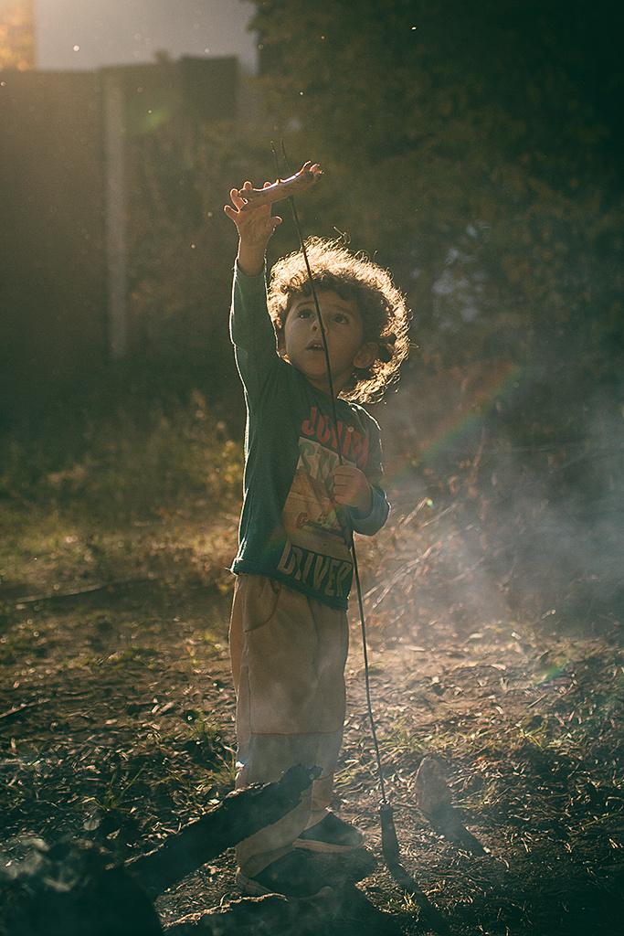 Kinder bei Gegenlicht fotografieren - das Braten