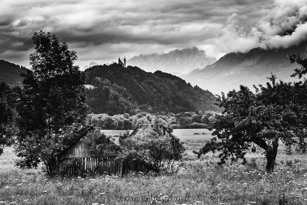 Landschaften während des Tages und bei Regen fotografieren: Noch einmal in Schwarz-Weiß.