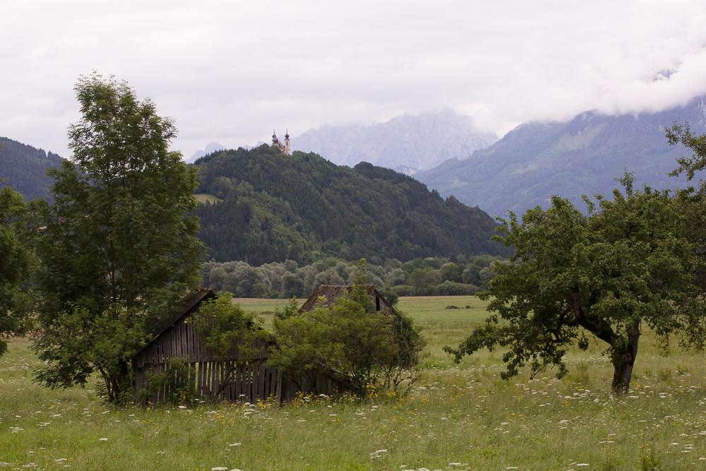 Landschaften während des Tages und bei Regen fotografieren: Originalaufnahme ohne Bildbearbeitung.