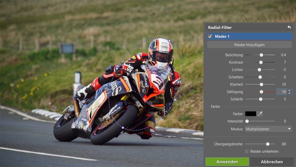 Wie man Fotos von Motorradrennen bearbeitet: der Radial Filter.
