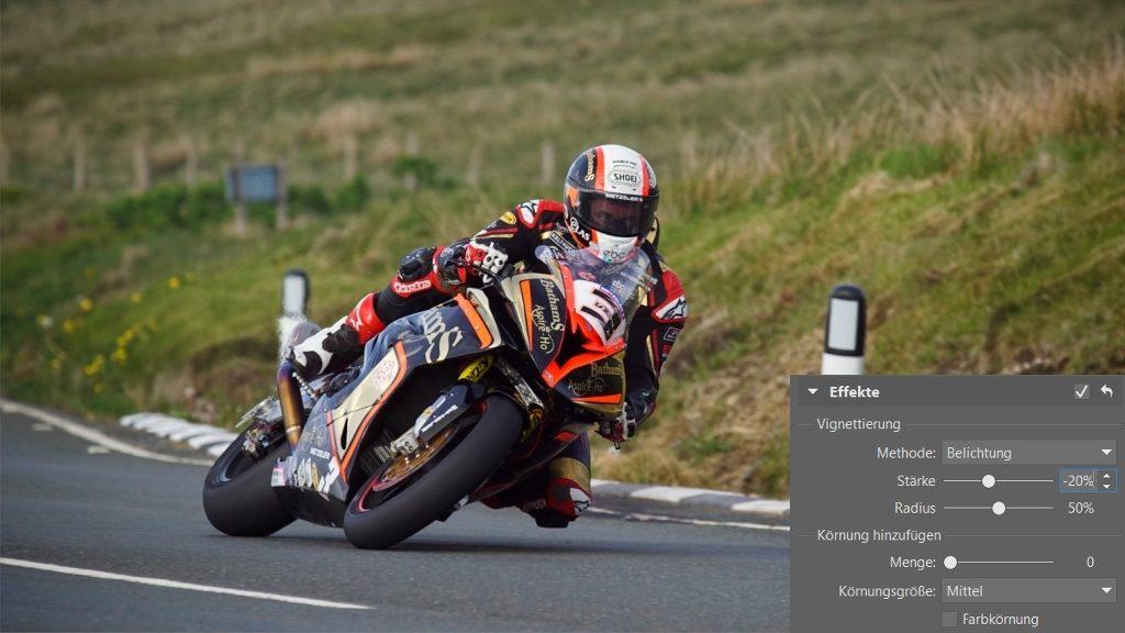 Wie man Fotos von Motorradrennen bearbeitet: Das Hinzufügen der Vignettierung.
