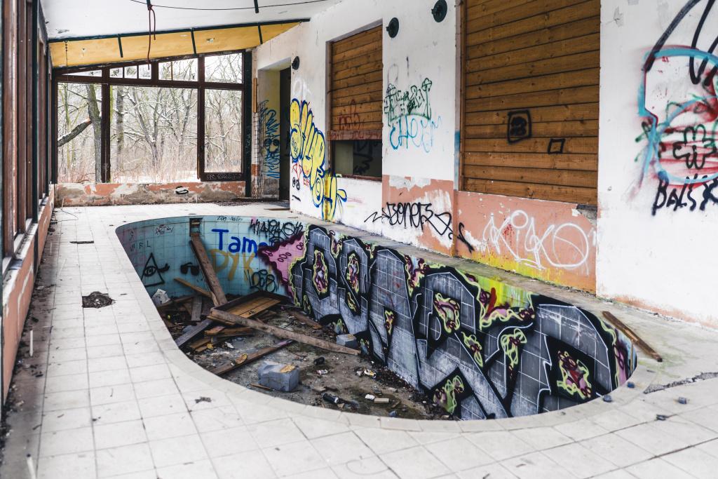 Urbex: Licht und Komposition meistern - breite
