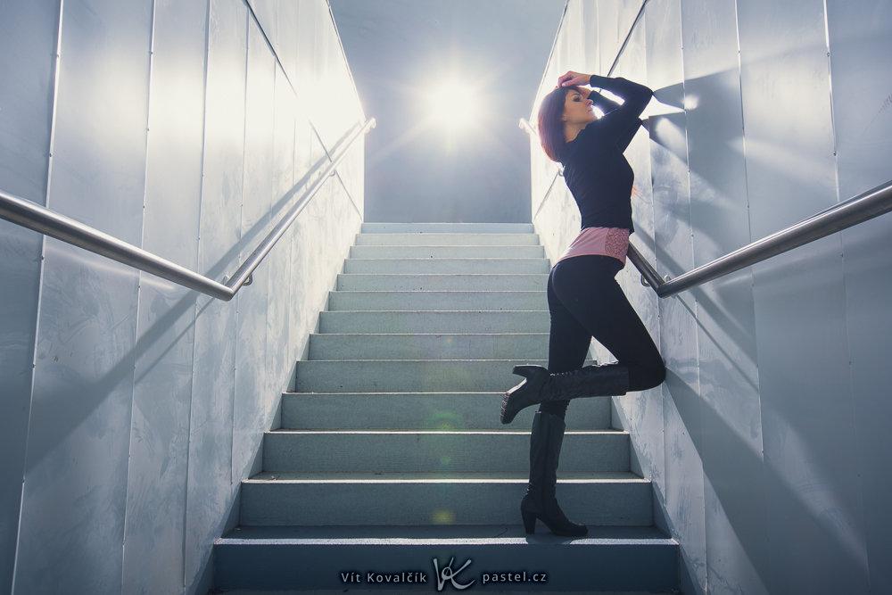 Models fotografieren II - treppen im hintergrund