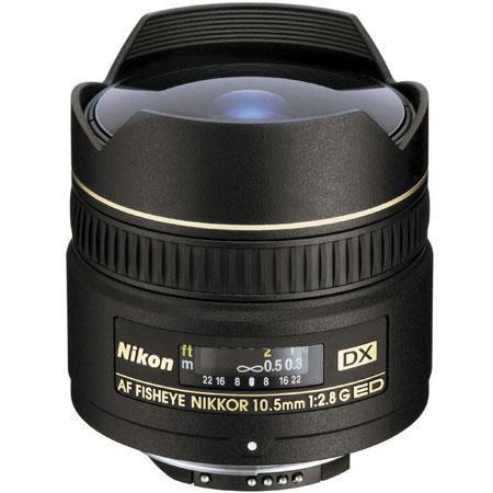 Fotokamera und Objektiv für Landschaftsfotografie - Nikon 10.5mm