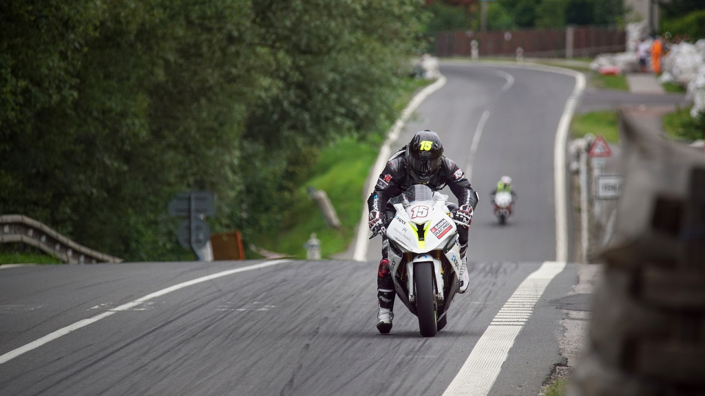 Milan Kubín: Motorradrennen fotografiere ich nicht wegen des Adrenalins, Hauptsache ist die Energie einzufangen