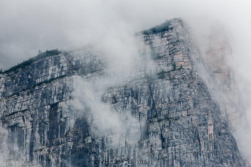 So fotografieren Sie Landschaft im Nebel: Achten Sie auf Details