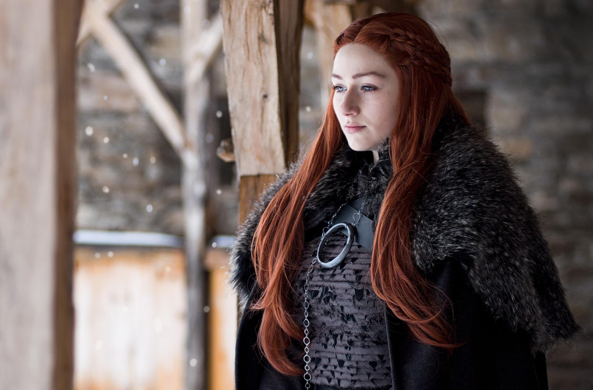 Als ich eine Location suchte, der wie Winterfell aus Game of Thrones aussieht, hatte ich dank des Internets Glück. Model @tynacosplay. Nikon D90, Nikon 80-200 mm F2,8 AF ZOOM-NIKKOR D ED A, 1/320 s, f/2.8, ISO 200, Brennweite 80 mm.